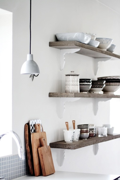 Brocante Wandplank Keuken : White Wood Kitchen Shelves