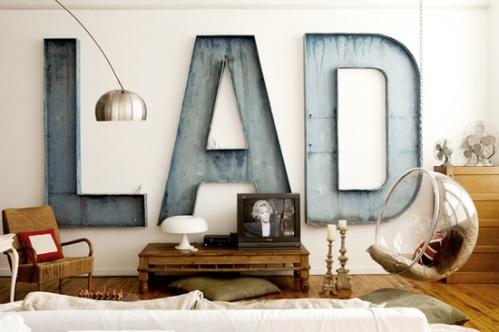 factory-living-style-mursten-facade-bogstaver-bolig-retro-indretning-interior-home-lotf-decor